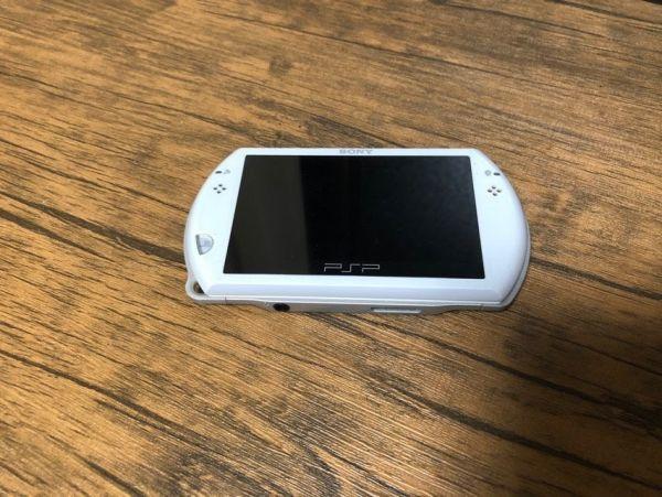 SONY PSP Go 本体 PSP-N1000 ホワイト 動作未確認 ジャンク扱い