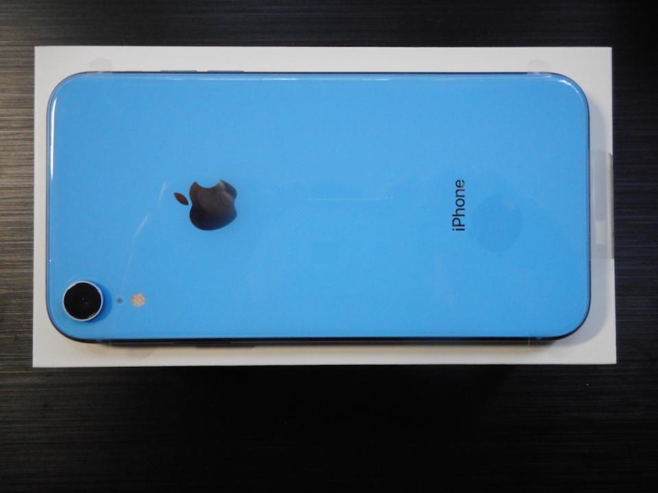 ●レターパックプラスのみ送料無料【新品】au iPhone XR 64GB ブルー SIMロック解除済(SIMフリー) 【利用制限〇】 No.13_画像2