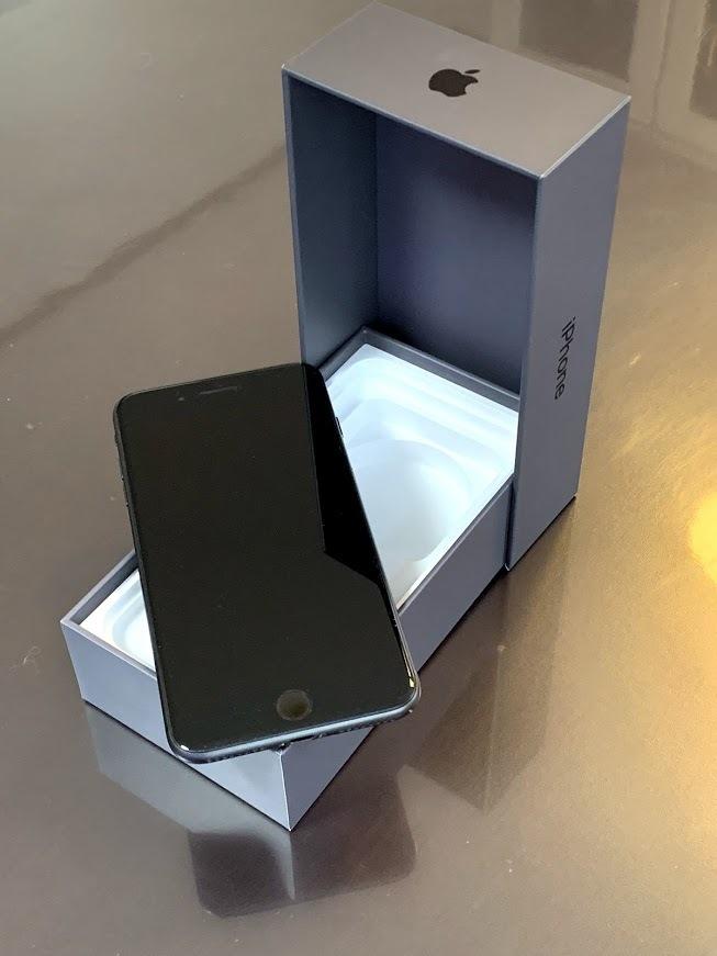 【中古美品】DoCoMo iPhone 8 Plus 256GB スペースグレイ