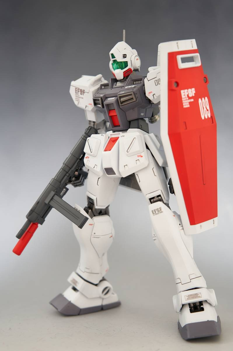 MG 1/100 RGM-79D ジム(寒冷地仕様) 改修塗装済み完成品_画像4
