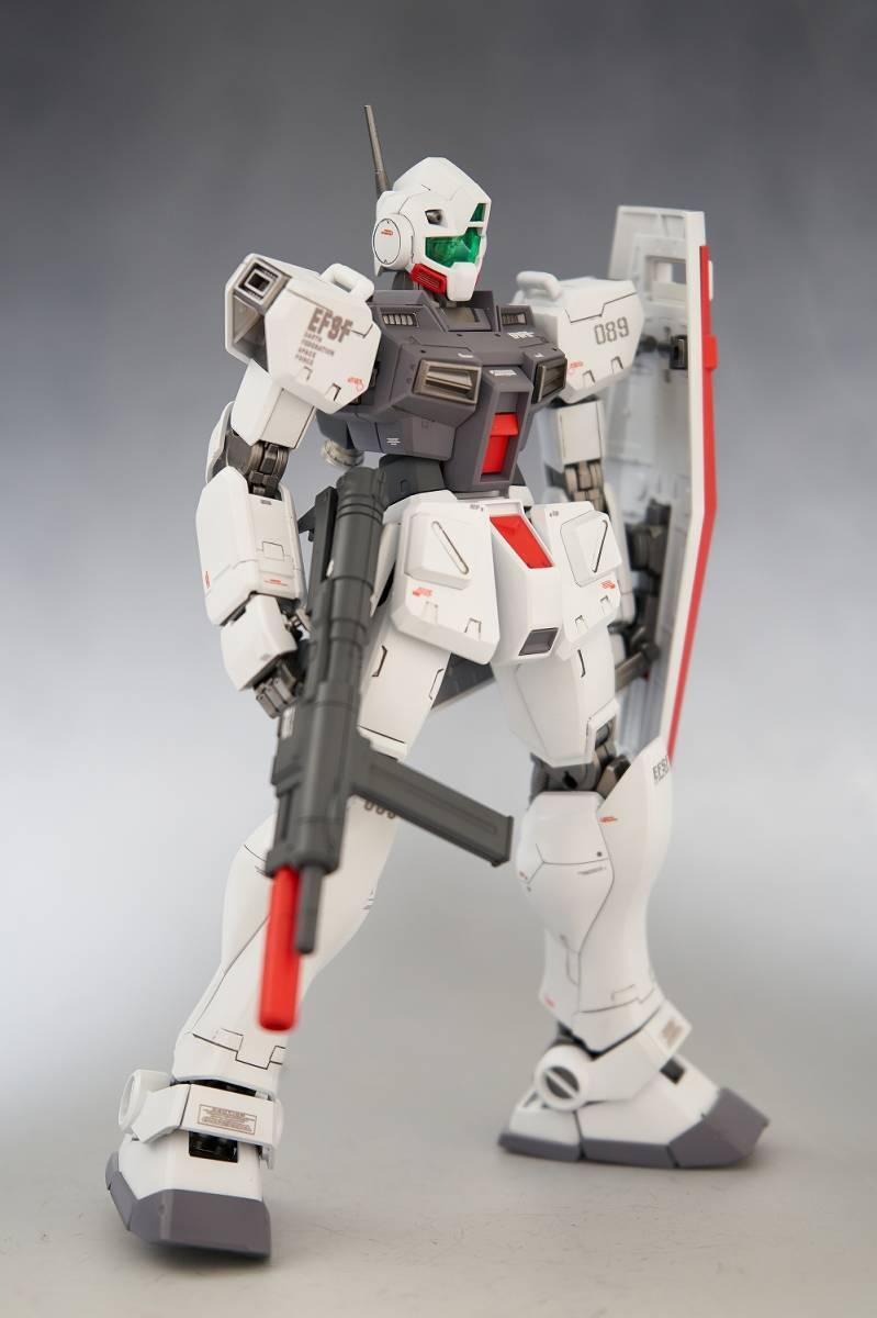 MG 1/100 RGM-79D ジム(寒冷地仕様) 改修塗装済み完成品_画像5