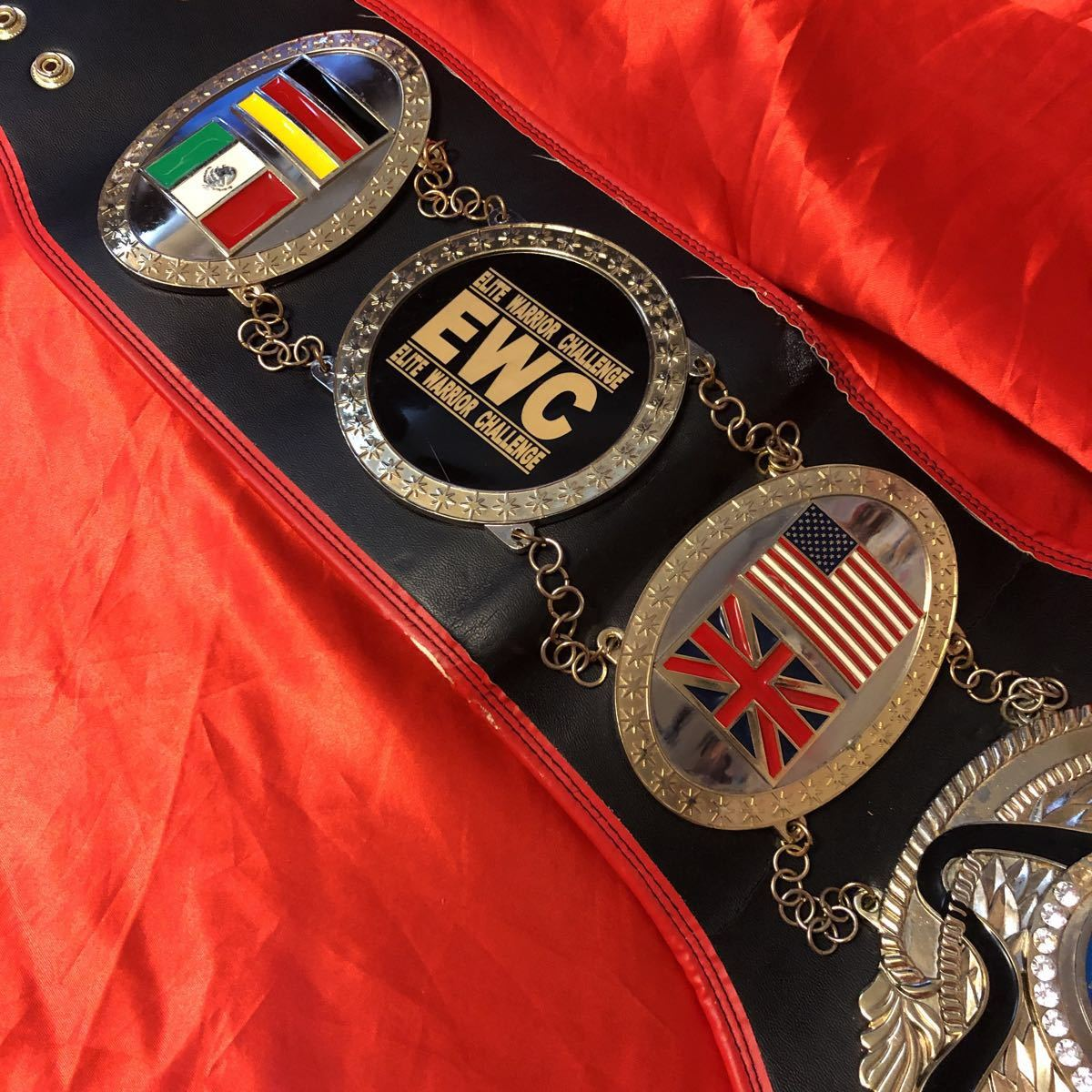 本物 貴重 実使用 70kg級 ムエタイ チャンピオンベルト 格闘技 空手 ボクシング EWC レア キック ボクシング ダイエット 金運 筋トレ UFC_画像3