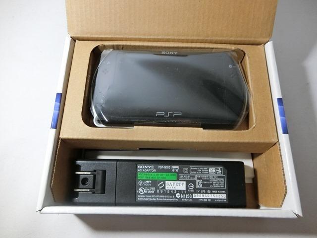 SONY ソニー PSP go(プレイステーション・ポータブル)【PSP-N1000】 PIANO BLACK 黒 ブラック 中古品_画像3