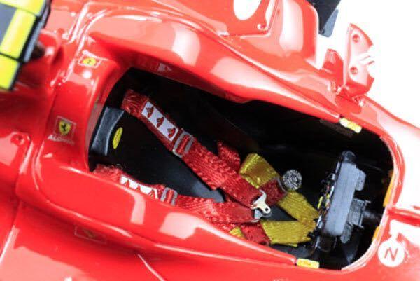 MFH 1/20 フェラーリ F10 日本GP F.アロンソ 完成品_画像10