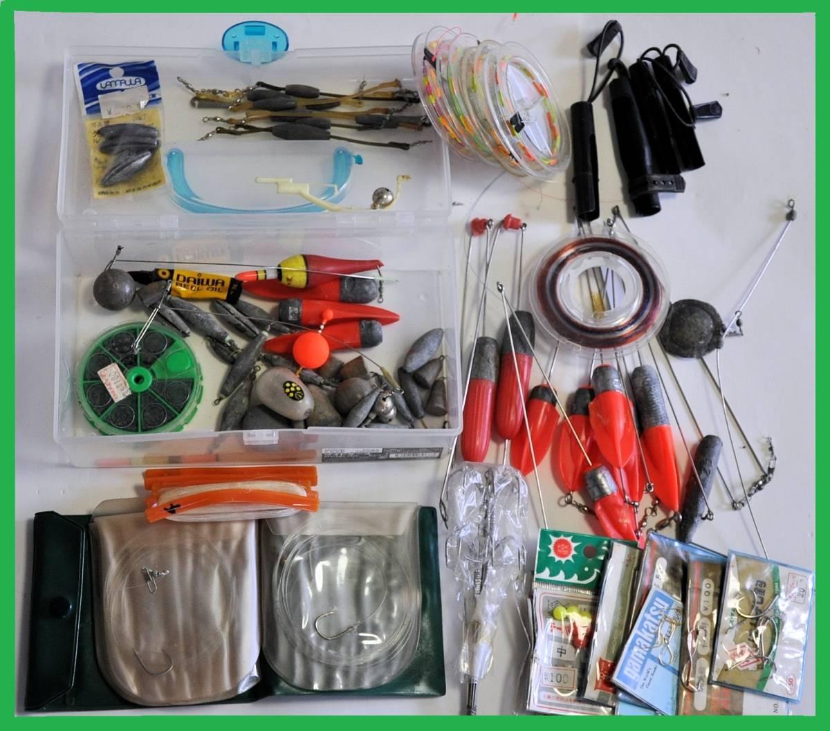 大量 釣り道具 浮き、針、錘、他小物など色々まとめてセット!_画像9