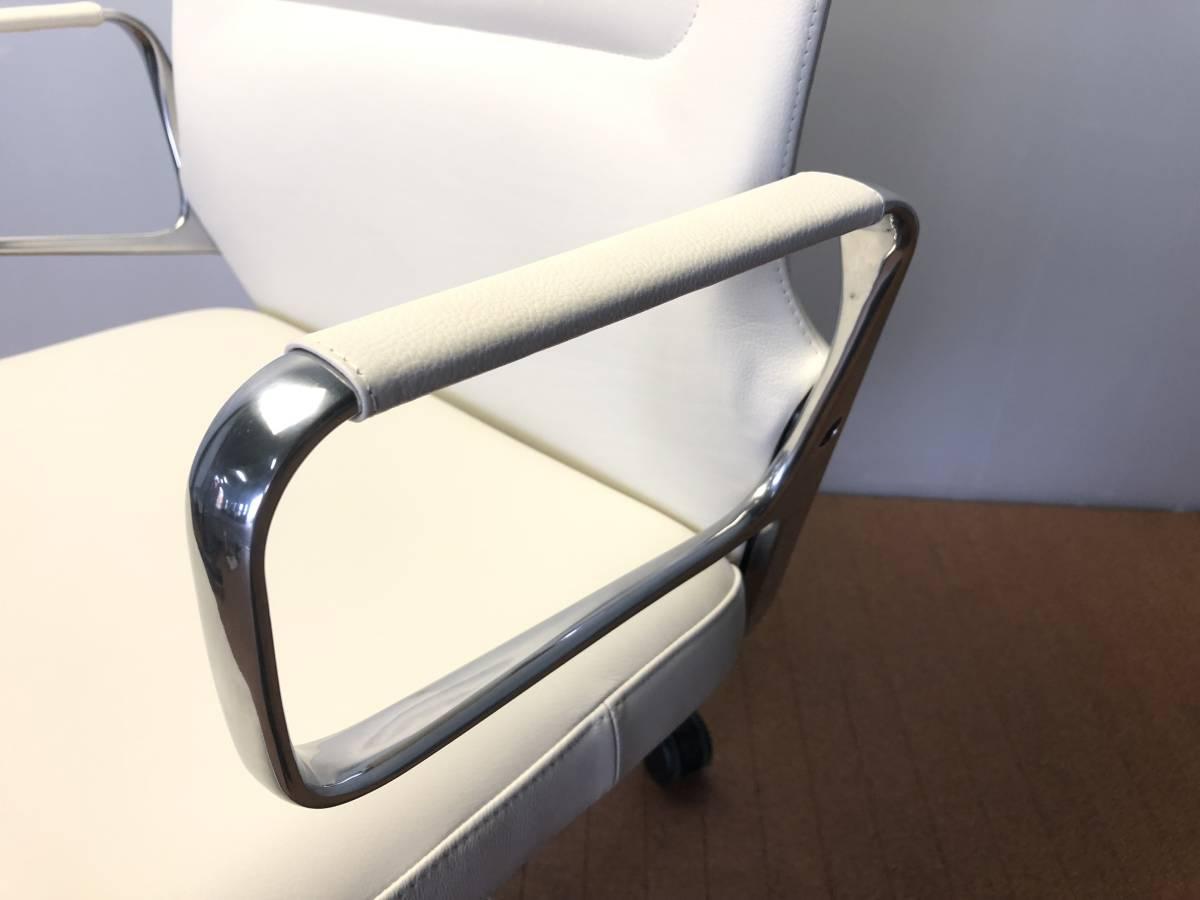 ■展示品■vitra/ヴィトラ AC4 革デスクチェア リングアーム オフィスチェア ホワイト 椅子■1046_画像6