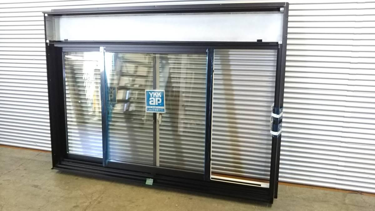 021 窓サッシ 引き取り限定 シャッター付引違窓 16509_画像2