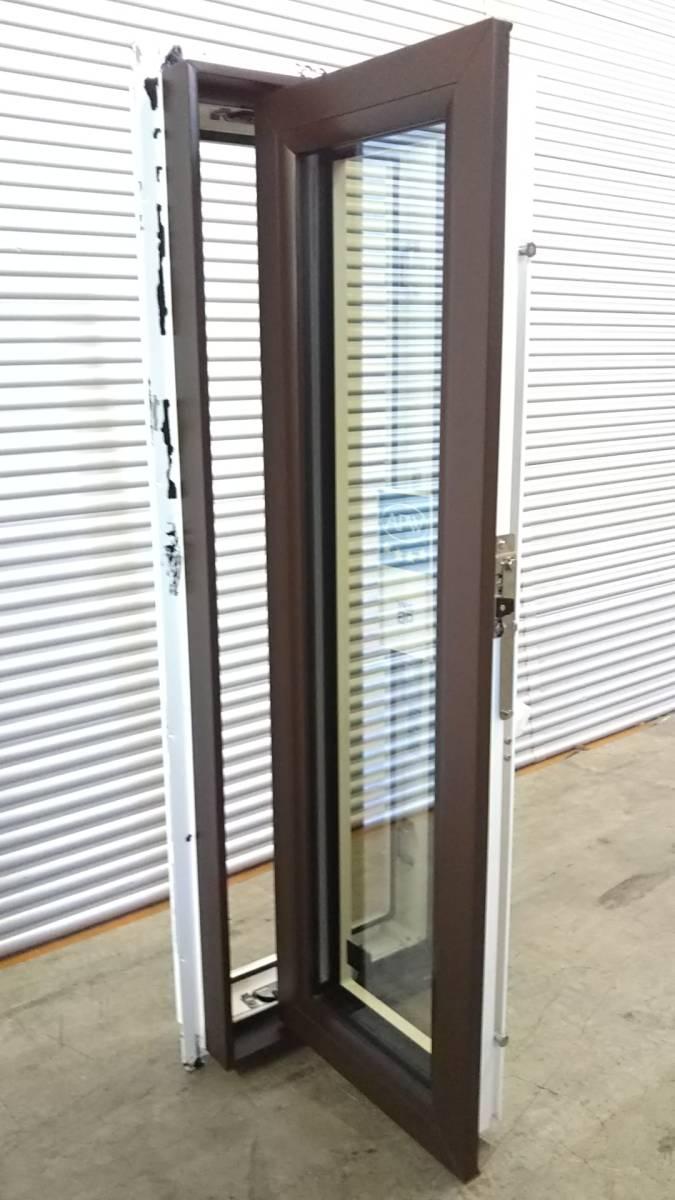 022 窓サッシ 引き取り限定 トリプルガラス たてすべり出し窓 03611R_画像2