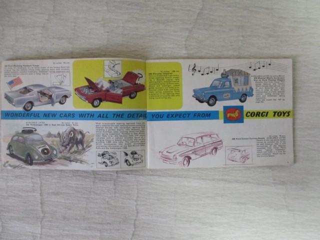 コーギー ミニカー カタログ 39ページ 1966年度版 経年劣化による傷みあります。 _画像3