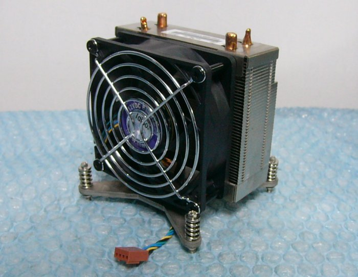 so8 CPU heat sink fan of the ThinkStation D30 LGA2011 stock 2
