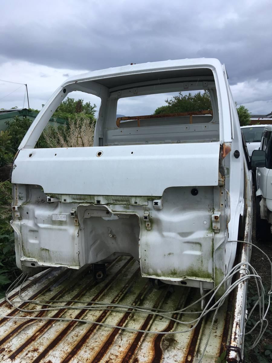 キャリー トラック DC51T DD51T キャビンのみ フロントパネル スクラムトラックにも 長崎県 引き取り限定_画像1