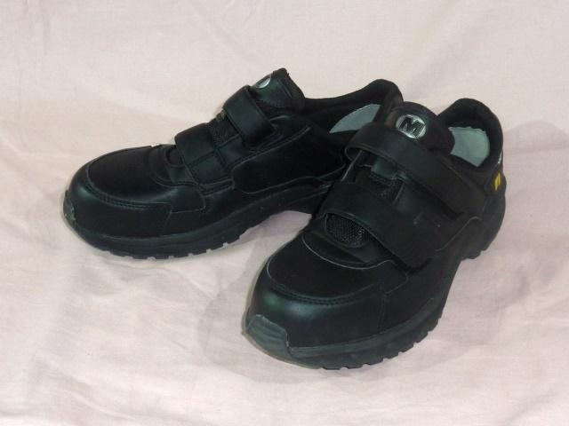 ミドリ安全/ワークプラス 安全靴 25,5EEE 黒