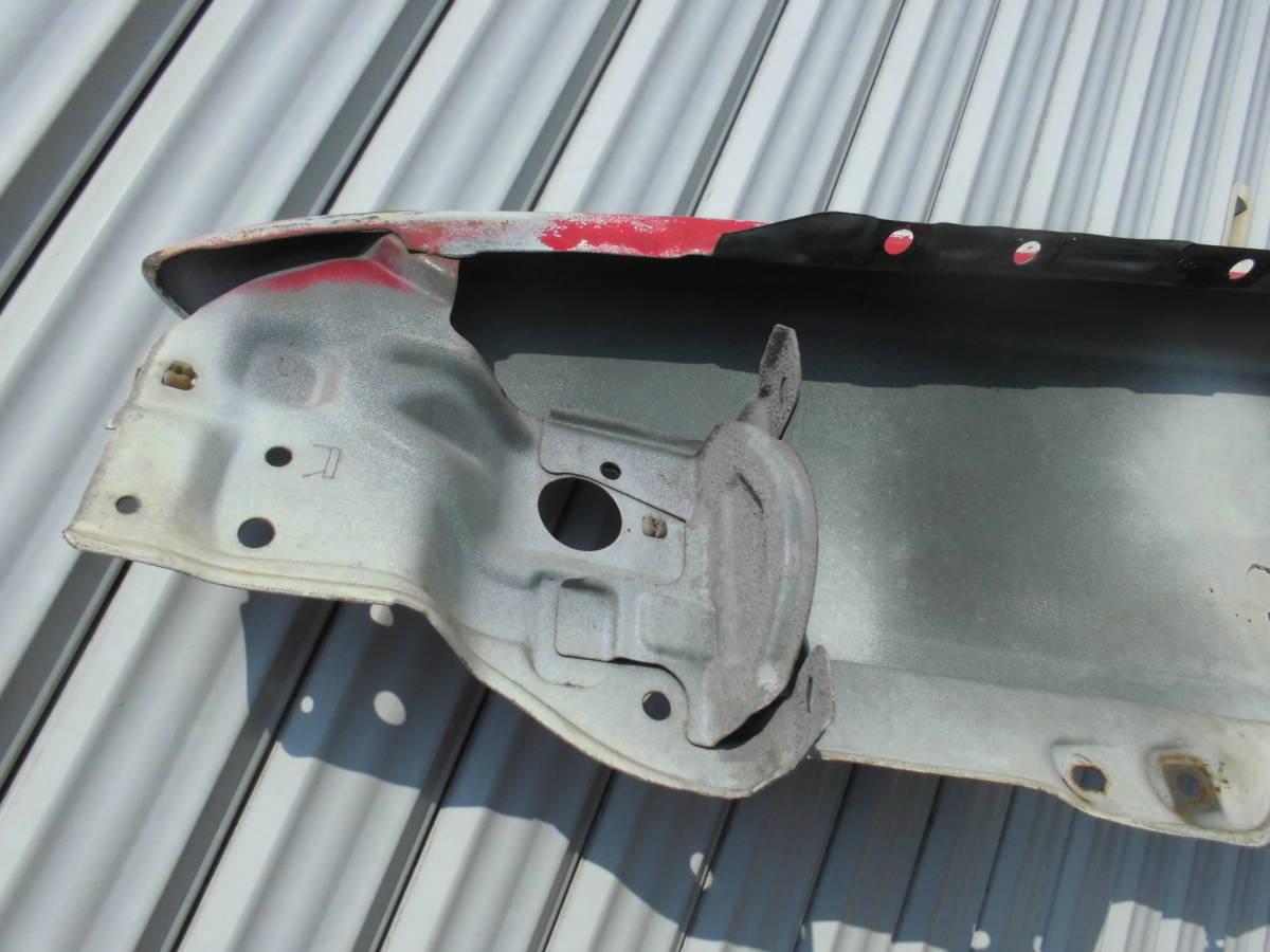 中古美品 AE86 トレノ フロントフェンダー 赤黒 右フェンダー 鉄フェンダー ノーマル 運転席側 アンテナ穴あり 純正フェンダー 爪折なし_画像4