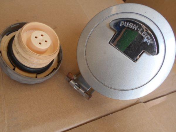 ビート PP1 給油口 蓋 HONDA BEAT