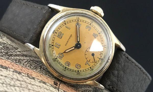 ☆ブルースチール針が美しい☆【BERTMAR☆ミリタリー】スモールセコンド ヴィンテージ アンティーク 手巻き メンズ腕時計_画像2