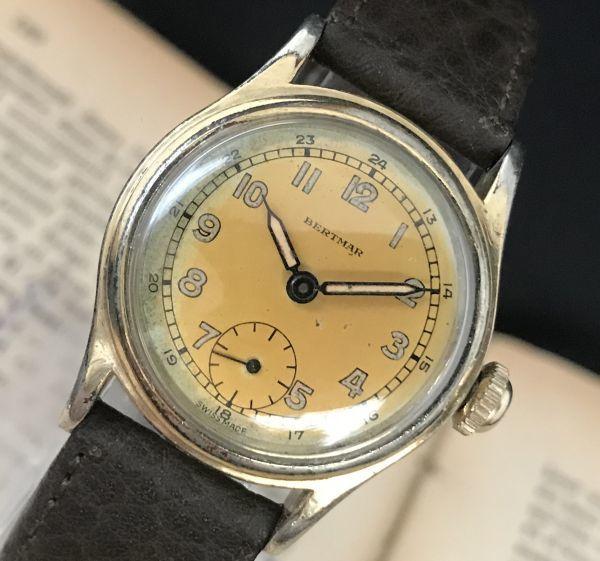 ☆ブルースチール針が美しい☆【BERTMAR☆ミリタリー】スモールセコンド ヴィンテージ アンティーク 手巻き メンズ腕時計