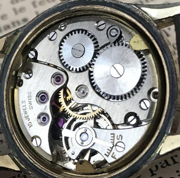 ☆ブルースチール針が美しい☆【BERTMAR☆ミリタリー】スモールセコンド ヴィンテージ アンティーク 手巻き メンズ腕時計_画像9