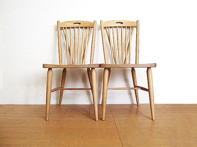 モデルルーム展示品 大塚家具 アルダー無垢材ダイニングチェア 2脚セット  椅子_画像2