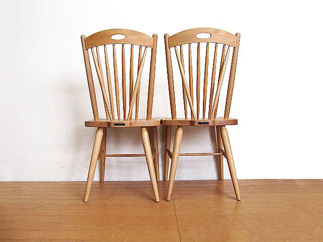 モデルルーム展示品 大塚家具 アルダー無垢材ダイニングチェア 2脚セット  椅子_画像3
