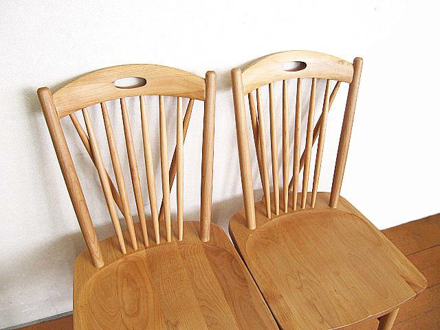 モデルルーム展示品 大塚家具 アルダー無垢材ダイニングチェア 2脚セット  椅子_画像4