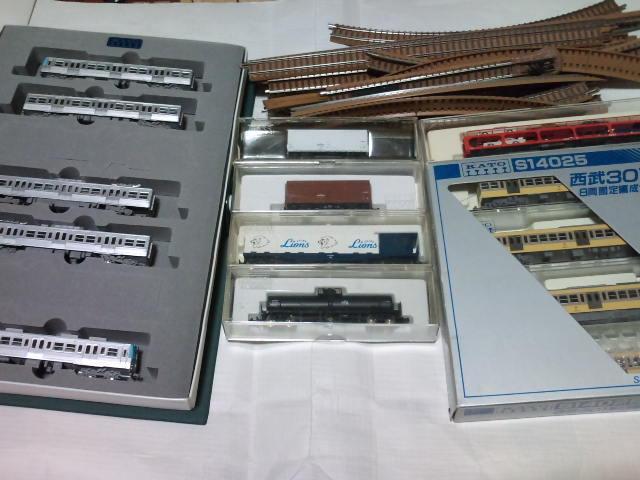 ジャンク 西武301、レオコンテナー他貨車4両、井の頭線、レール等
