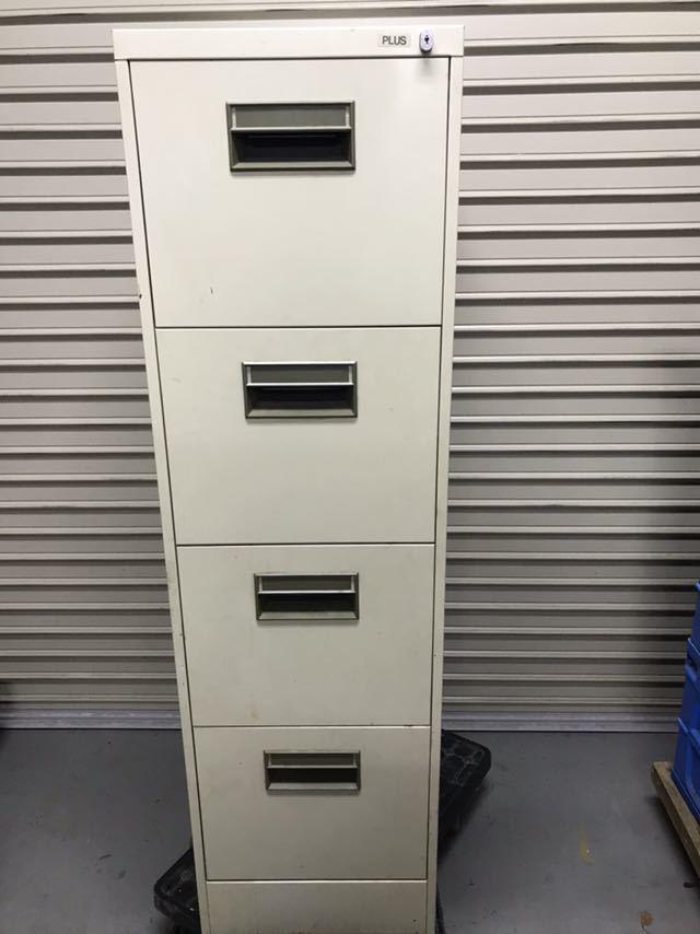 PLUS プラス ファイルキャビネット A4対応 4段 A4-4 中古 スチール 書庫