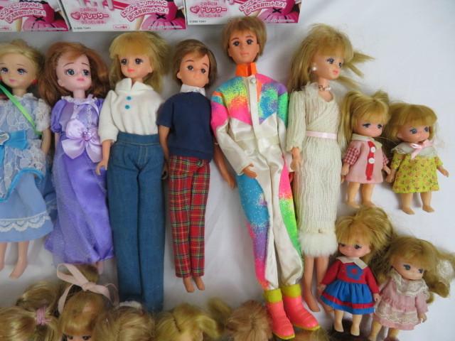 C190614 ☆★ 昭和 懐かしい リカちゃん人形 洋服 小さな白い家具 など 色々おまとめ ★☆ _画像7