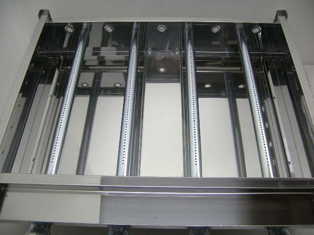 03-1161 新品 下野金属 AKS 鉄板焼器 AK-1 都市ガス グリラー グリドル 鉄板焼き器 業務用 お好み焼き 卓上ガスコンロ 610×460×180_画像3