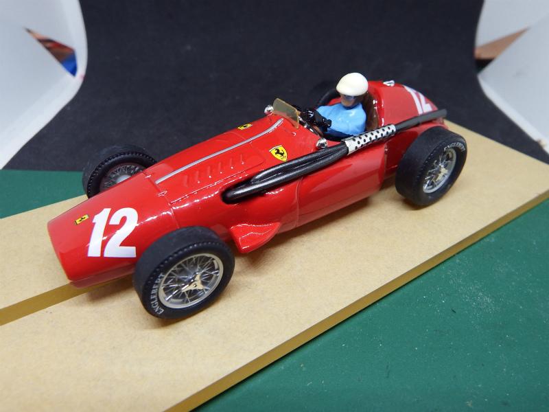 1/32 箱無しスロットカー放出 81 カートリックス フェラーリ555スーパースクアロ_画像2