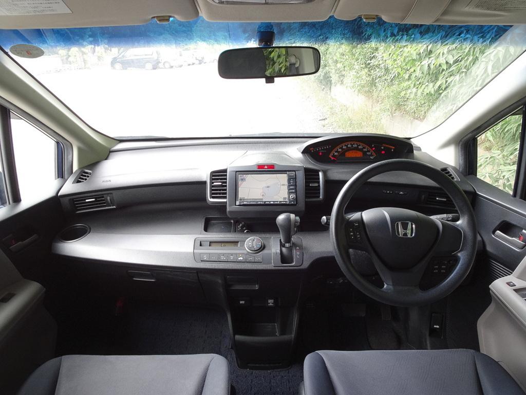 車検32年6月23日 フリード フレックスエアロ HDDナビ 地デジTV DVD再生機能 MSサーバー 両側電動オートスライド スマートキー HID ETC_画像5