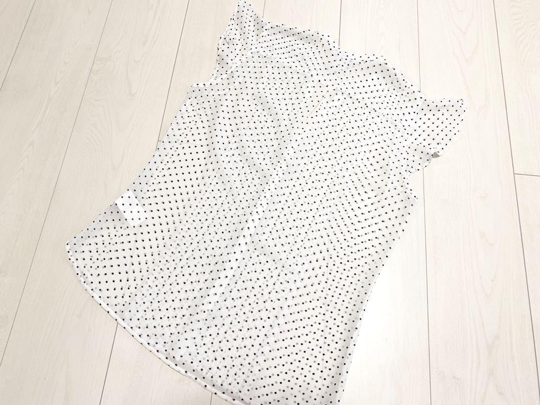 送料205円~ H&M 袖フリル ドット フレンチスリーブ ブラウス 白 黒 34 美品 ホワイト ブラック_画像6