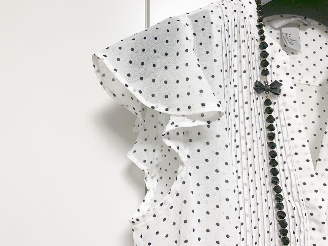 送料205円~ H&M 袖フリル ドット フレンチスリーブ ブラウス 白 黒 34 美品 ホワイト ブラック_画像2