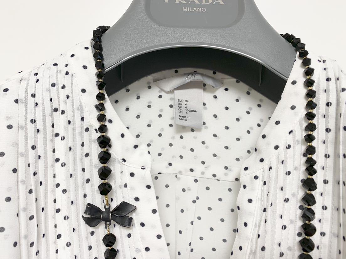 送料205円~ H&M 袖フリル ドット フレンチスリーブ ブラウス 白 黒 34 美品 ホワイト ブラック_画像3
