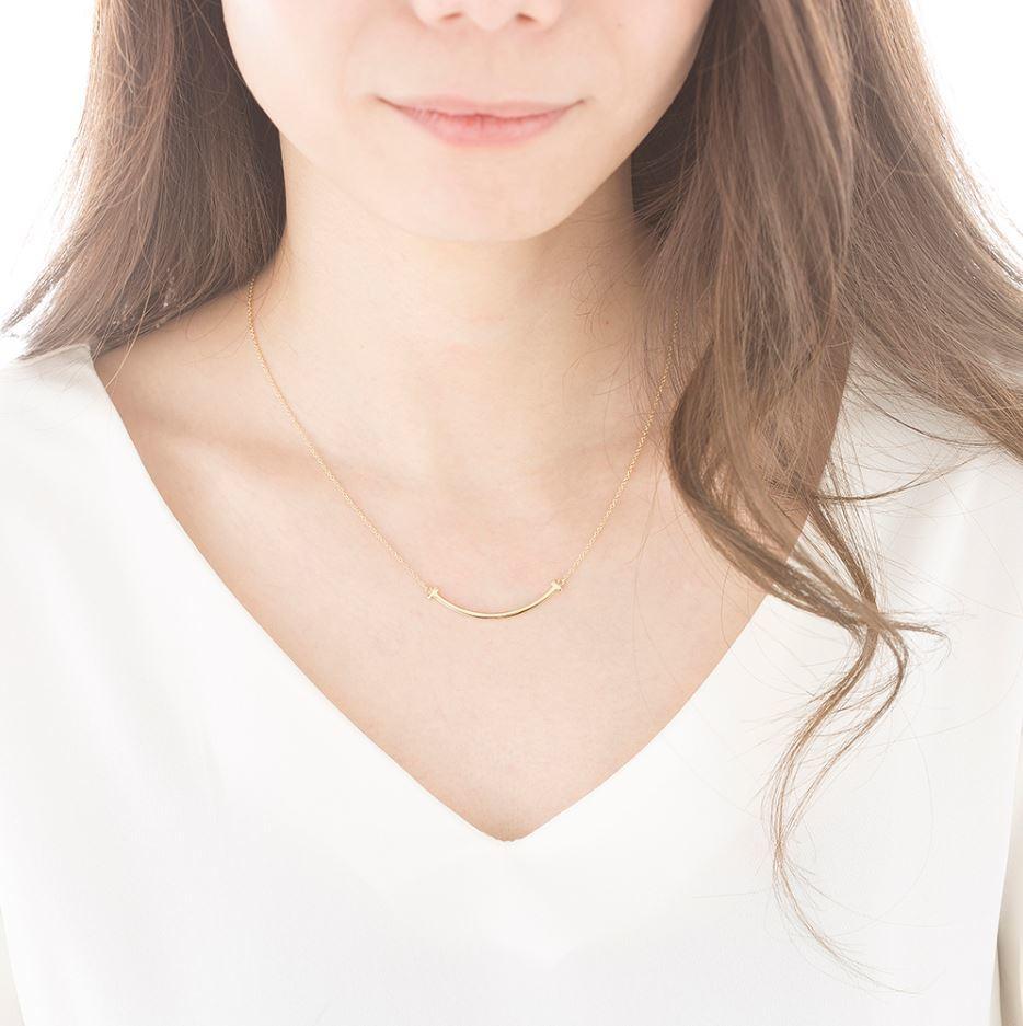 TIFFANY ティファニーT スマイル ペンダント ミニ 18K YG ペンダント 新品!_画像2
