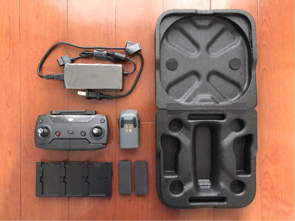 DJI spark コントローラー 充電器 スペアバッテリー 予備新品プロペラ ケース スパーク