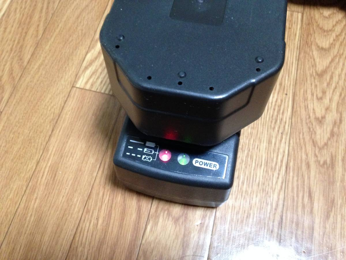 送料無料 ニッカド(NiCd)バッテリー24V仕様 420Nハイパワー コードレス 電動インパクトレンチ 充電式 旧型 美品 ゼウス 中古品_画像6
