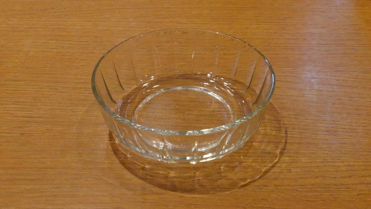 《中古》ガラス鉢 小鉢 素麺鉢 13.5㎝