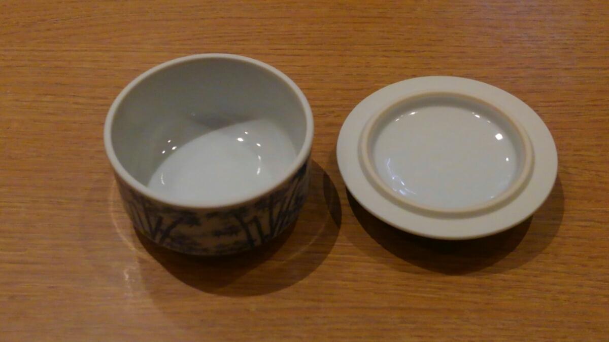 《中古》ふた付き小鉢 10㎝_画像2