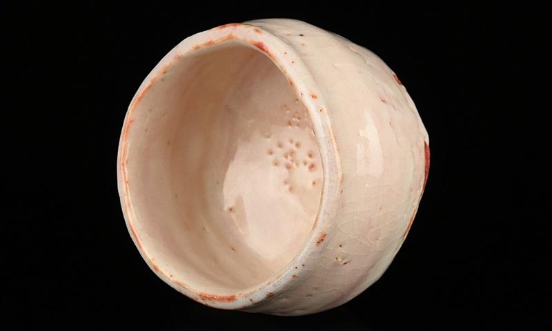 人間国宝【鈴木蔵】作最上位 志野茶碗 艶やかな釉景色! 共箱 保証_画像6