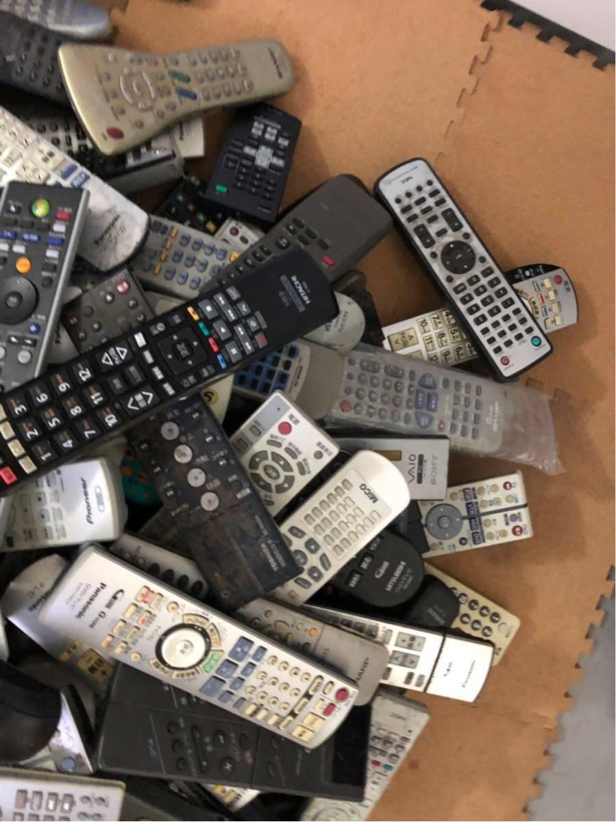 まとめ売り テレビ DVD ブルーレイ リモコン 送信機 200個以上 パナソニック 三菱 SONY 東芝 シャープ ビクター NECメーカー多数 混在 転売_画像2
