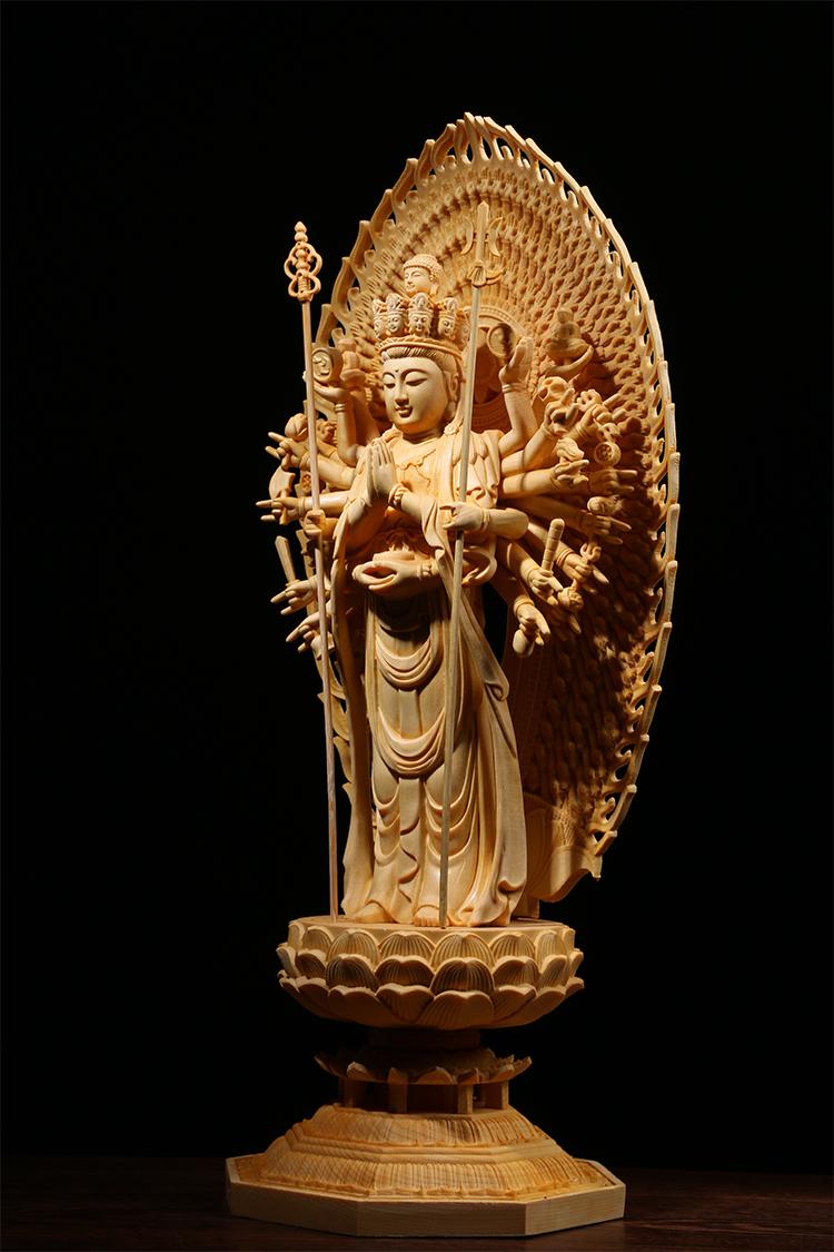 極上質 貴重供養品 仏教美術 黄楊木精密細工 千手観音菩薩像 大師彫刻 高さ42cm 厚14.5cm 幅18.5cm _画像3