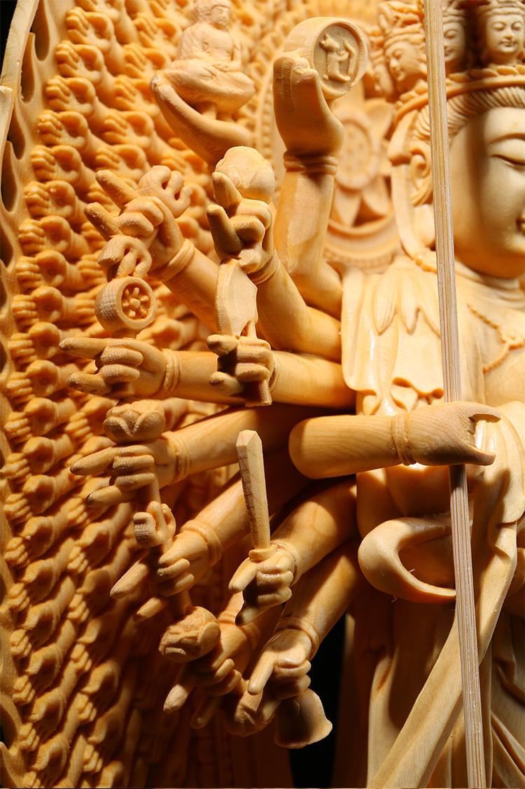 極上質 貴重供養品 仏教美術 黄楊木精密細工 千手観音菩薩像 大師彫刻 高さ42cm 厚14.5cm 幅18.5cm _画像5