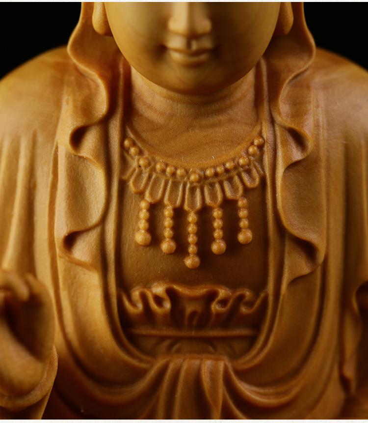 極上質 貴重供養品 仏教美術 黄楊木精密細工 観音菩薩像 大師彫刻 高さ10cm 厚6cm 幅6cm _画像5