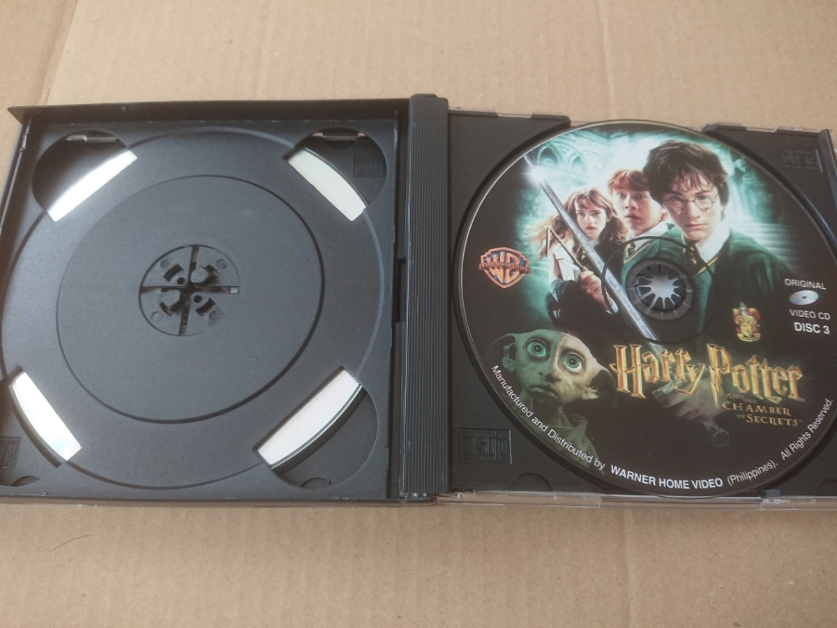 HARRY POTTER AND THE CHAMBER OF SECRETS/ハリー・ポッター★VCD(ビデオCD)3枚組【同梱可能】_画像4