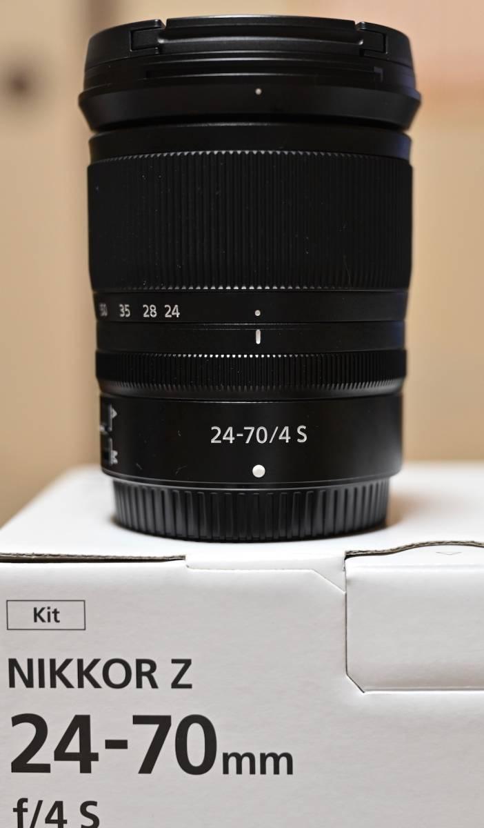 Nikon ミラーレス一眼用 ZOOMレンズ NIKKOR Z 24-70mm f/24 S 極美品 おまけ(保護フィルター)付きほぼ未使用_画像3