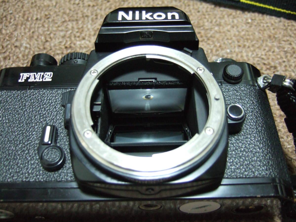 ニコン Nikon FM2ブラック + 85mm/F1.4 + 50mm/F1.4 中古品_画像5