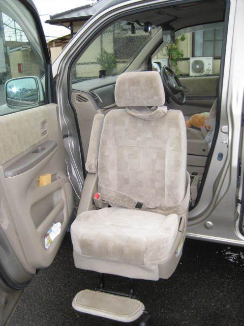 HONDA ホンダ ステップワゴンALMAS 4WD 助手席リフト 初H13年9月 車検32年9月 4万キロ_画像7