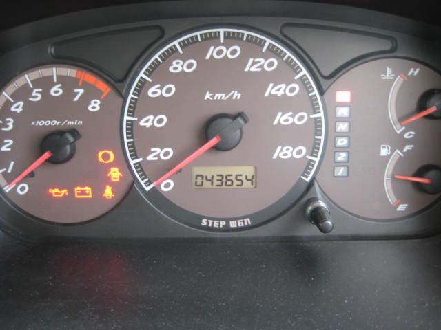HONDA ホンダ ステップワゴンALMAS 4WD 助手席リフト 初H13年9月 車検32年9月 4万キロ_画像5