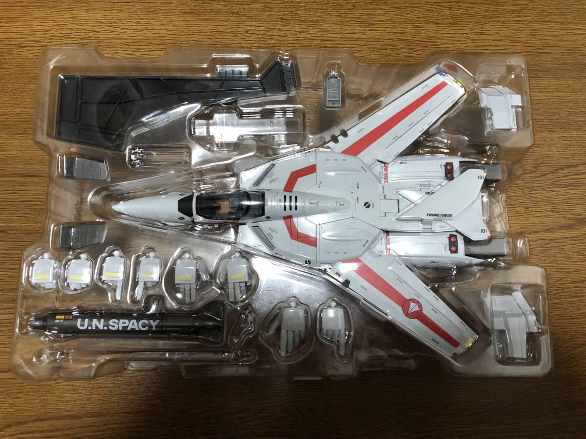 ☆ 送料無料 ☆ DX超合金 超時空要塞マクロス VF-1J バルキリー 一条輝機 初回限定版_画像4