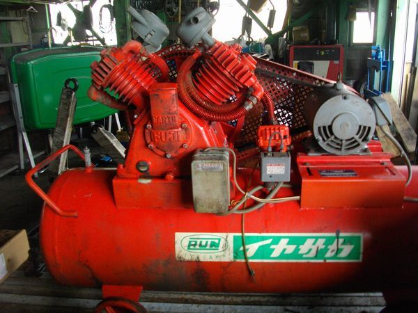 FUJI 富士 エアー コンプレッサー OW-35 5馬力(3.7KW)三相200V_画像2